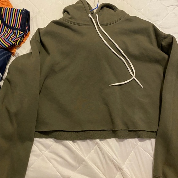 Mint condition wild Fable cropped hoodie olive green